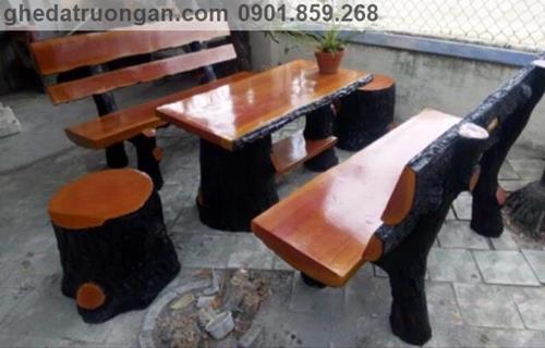 bàn ghế đá giả gỗ ở tp Hồ Chí Minh