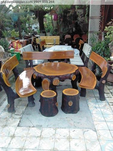 Bàn ghế đá giả gỗ đẹp ở tp Hồ Chí Minh