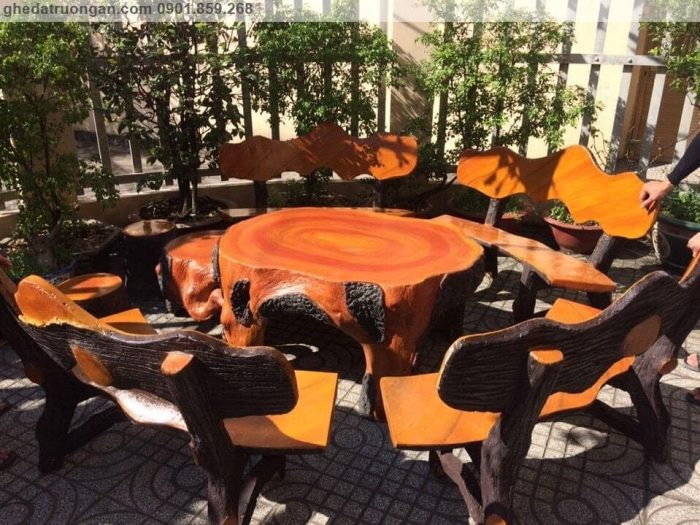 Bàn ghế đá giả gỗ sân vườn đẹp tp Hồ Chí Minh