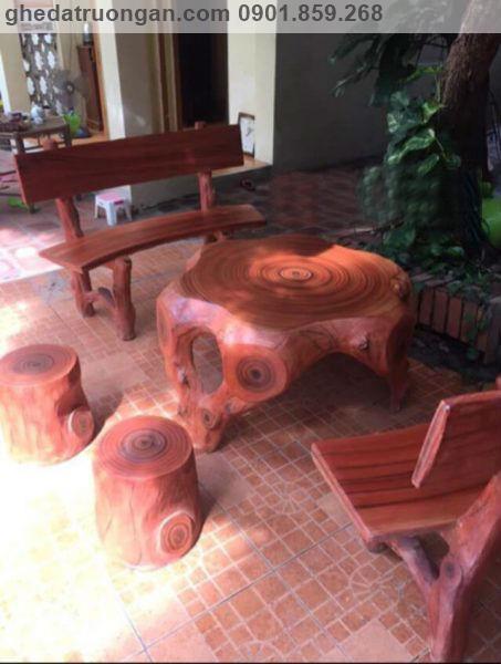 Bộ bàn ghế đá giả gỗ ngoài trời đẹp tp Hồ Chí Minh