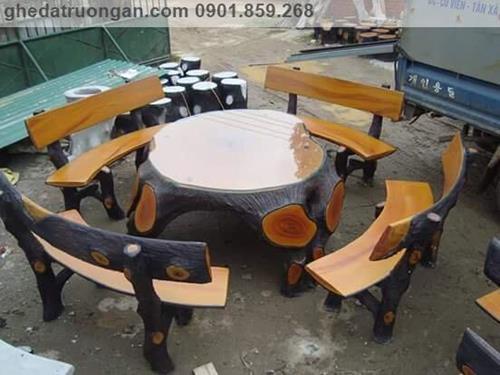bàn ghế đá giả gỗ công viên đẹp