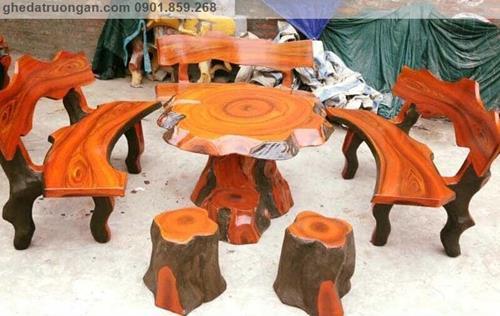 Bàn ghế đá giả gỗ ngoài trời