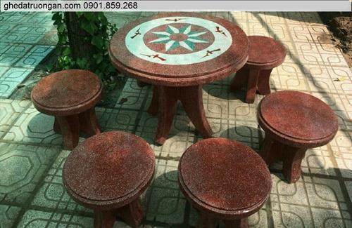 bàn ghế đá công viên đỏ trắng đẹp giá rẻ ở tp Hồ Chí Minh