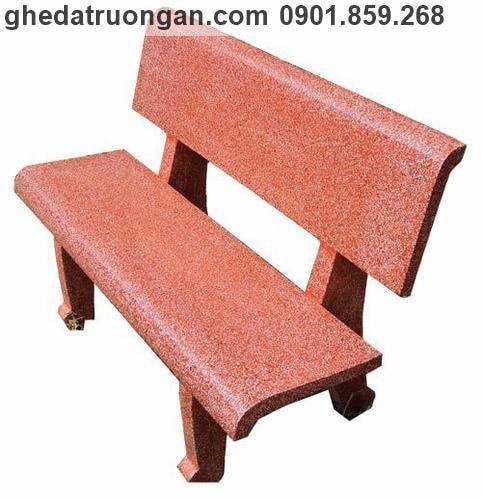 ghế đá ngoài trời màu đỏ