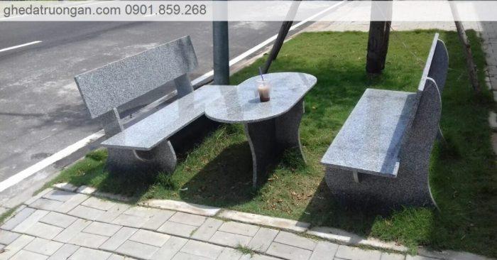 Bàn ghế đá hoa cương granite