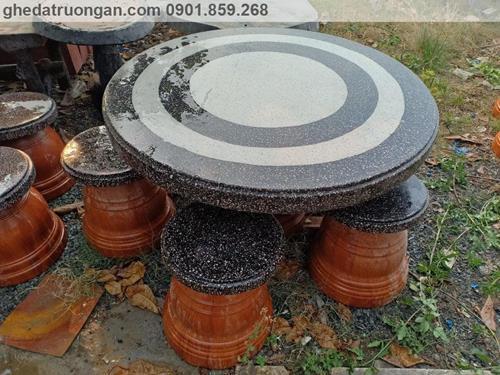 Bộ bàn ghế đá ngoài trời
