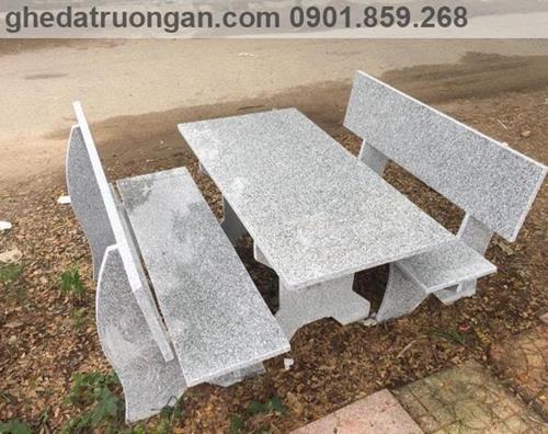 bàn ghế đá hoa cương