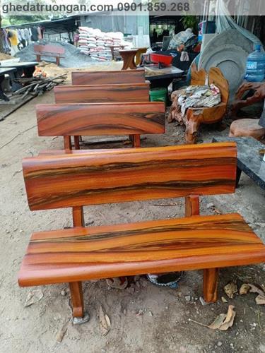 ghế đá giả gỗ