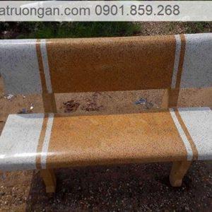 ghế đá sân vườn trắng vàng