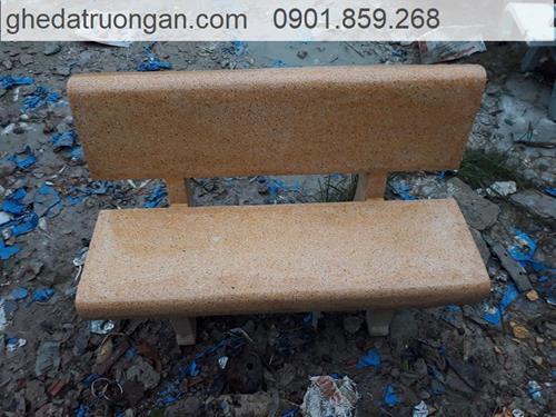 ghế đá đẹp màu vàng
