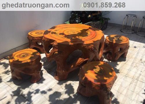 Bàn ghế đá giả gỗ gốc cây