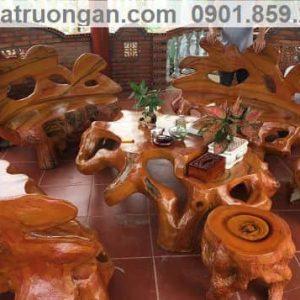 Bàn ghế đá giả gỗ sang trọng