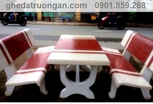 bàn ghế đá chữ nhật trắng đỏ