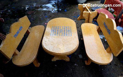 bàn ghế đá giá rẻ đảm bảo chất lượng