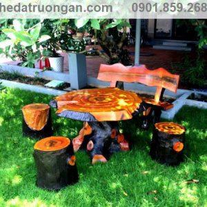 bàn ghế đá sơn vân gỗ