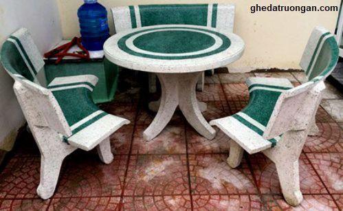 bàn ghế đá tròn trắng xanh ngọc