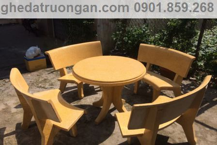 bộ bàn ghế đá tròn màu vàng