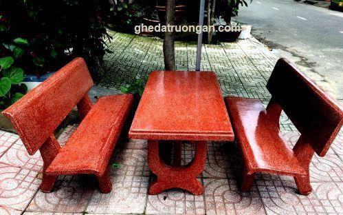 Bộ ghế đá chữ nhật màu đỏ