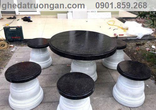 mẫu bàn ghế đá đẹp bán chạy