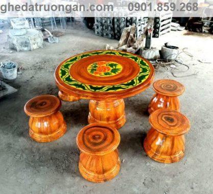 mẫu bàn ghế đá giả gỗ đẹp hcm